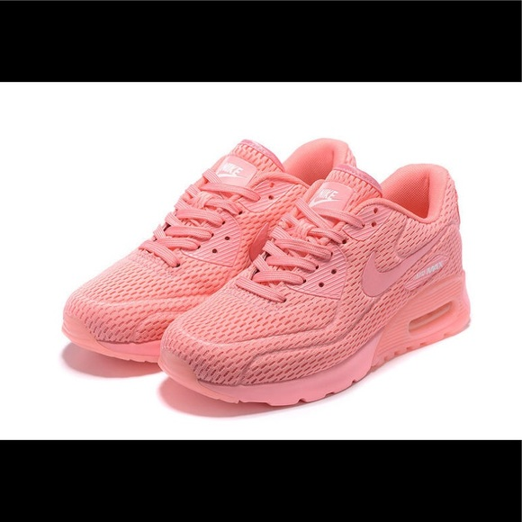 Nike Air Max 90 Ultra Breathe Hyper Pink Shoes